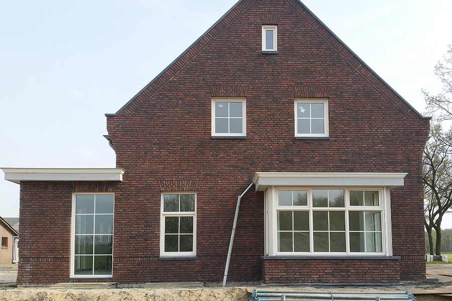 Vooraanzicht herbouw van een woning in Vinkel