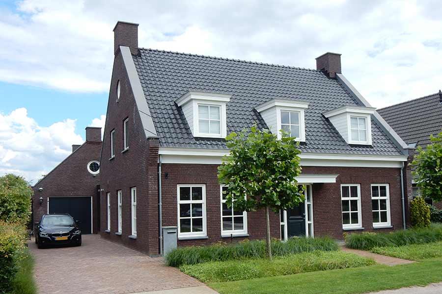 Zijaanzicht nieuwbouwwoning in Den Dungen
