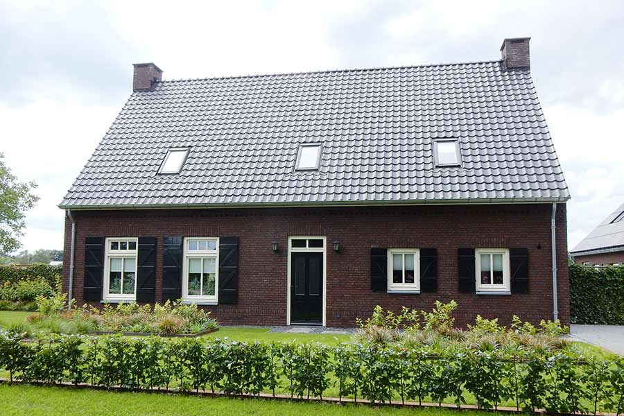 Vooraanzicht nieuwbouwwoning in Den Dungen