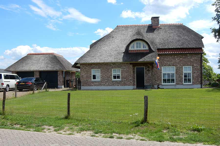 Vrijstaande nieuwbouw woonboerderij in Rosmalen