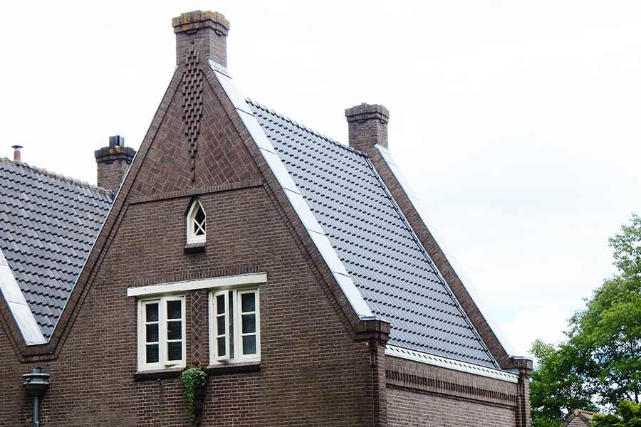 gerenoveerd puntdak in Sint Michielsgestel